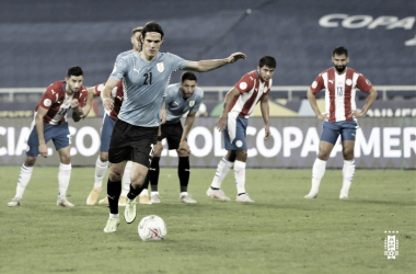 Com gol de Cavani, Uruguai vence Paraguai e termina primeira fase na vice-liderança do Grupo A