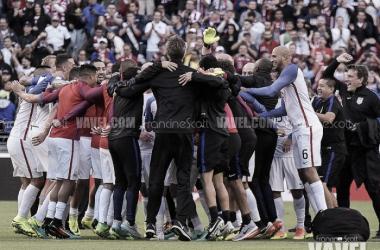 The United States celebrate reaching the Copa America Centenario Semi Final. (Source: Francine Scott/VAVEL USA)