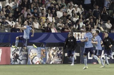 David Villa celebrating his league leading 18th goal of the season.   Photo: Kelvin Kuo-USA TODAY Sports