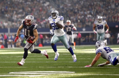 Julian Edelman runs in for a touchdown against the Dallas Cowboys in Arlington, Texas on October 11th, 2015. (Photo Courtesy of USA Today)