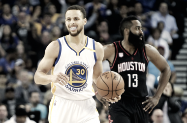 Com show de Curry, Warriors vencem Rockets e enfrentam Cleveland na final da NBA