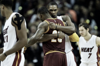 Chris Bosh y LeBron James | Cleveland.com