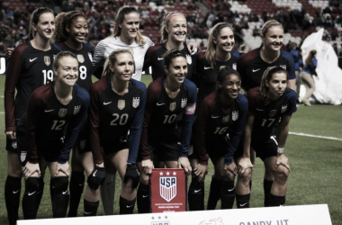 USWNT started two newcomers in their 4-0 victory. (Source: @HoustonDash Twitter)