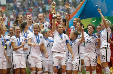 The USWNT, reigning world champions, will find out who they have been grouped with. Follow the 2019 Women's World Cup draw LIVE on VAVEL.  Photo: Elaine Thompson-AP
