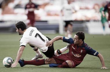 Valencia vence Osasuna e se aproxima da zona de classificação à competições europeias