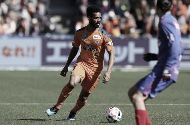 Valdo comemora gols marcados nos últimos jogos e mira crescimento do Shimizu S-Pulse