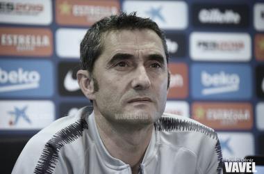 El técnico azulgrana durante la rueda de prensa del viernes / Foto: Noelia Déniz (VAVEL.com)