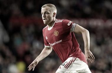 ¿Qué debe hacer el United con Van de Beek?