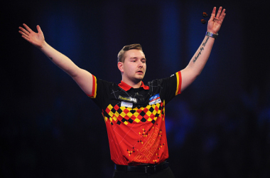 Darts: Van den Bergh Tops the Premier League Table in Style With Victory on Night Six