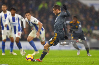 Jamie Vardy takes a penalty against Brighton & Hove Albion | Photo: Getty/ Dan Istitene