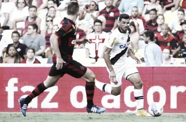 Recordar é viver: Vasco vence Flamengo com gol de Gilberto e vai à final do Carioca de 2015