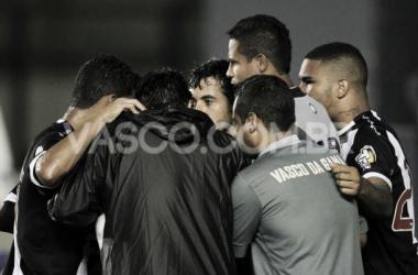 Com portas fechadas, Vasco e América-MG estreiam na Série B