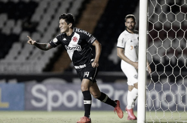 Vasco aproveita oportunidades no ataque e vence o Atlético-MG em casa