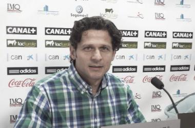 Petar Vasiljevic, director deportivo de Osasuna, ha atendido a los medios en Tajonar. Fotografía: Osasunista.net.