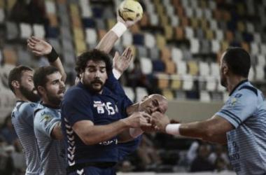 Balonmano Aragón se choca contra Lamariano