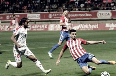 Lance del encuentro entre Sergio y Ortiz. Foto: La Liga