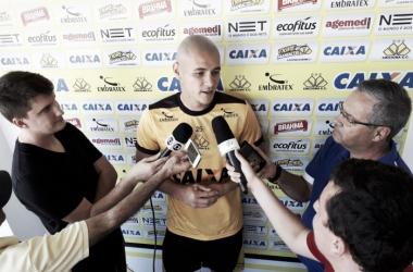 Raphael Silva formará dupla de zaga com Edson Borges | Foto: Fernando Ribeiro/Criciúma E.C.