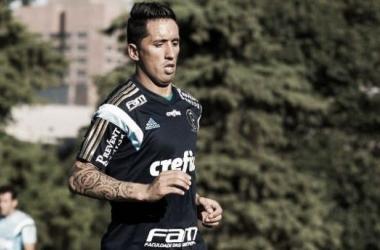 Barrios pede dispensa do Paraguai visando clássico ante Corinthians e adaptação no Palmeiras