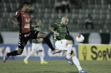 Em jogo movimentado, Guarani e Brasil de Pelotas empatam em Campinas