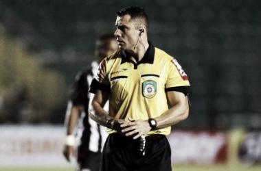 Árbitro escalado para Atlético-MG e Avaí nunca apitou na Série A do Campeonato Brasileiro