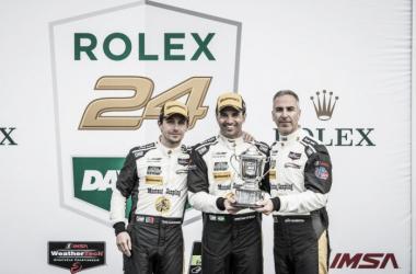 Albuquerque, Fittipaldi e Barbosa (da esq. para a dir.) no pódio em Daytona  (José Mário Dias)