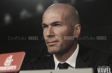 """Zinedine Zidane: """"Keylor con sus paradas nos ha dado la vida"""""""