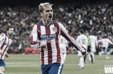 Atlético iguala Barcelona no topo, Real Madrid cai perante Villarreal