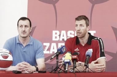 Vázquez y Cargol en la presentación / Foto: Basket Zaragoza