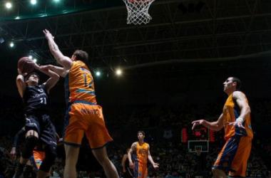 Factor cancha para un Valencia Basket que golpea primero