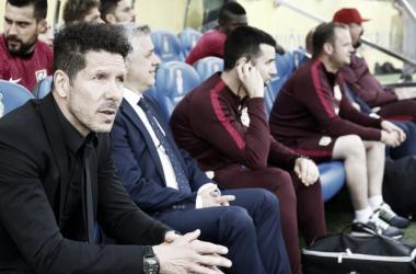 """Simeone: """"Hoy empezamos el partido muy fuertes, no me canso de alabar a estos jugadores"""""""