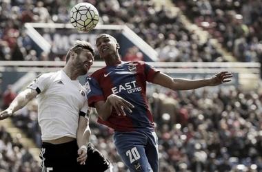 El Valencia CF solo ha conseguido tres puntos en los derbis de la temporada