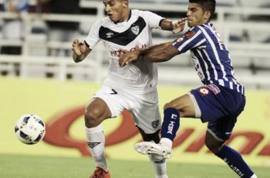 Vélez mostró falencias en defensa y ataque. Foto: Diario Uno.