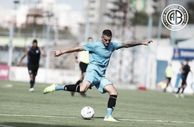 Pablo Vegetti, goleador de Belgrano en el amistoso frente a Estudiantes de RC. Fuente: (Prensa Belgrano)