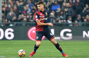Miguel Veloso in action for Genoa last season (Getty Images: Paolo Rattini)