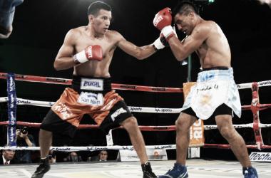 Verón y Eniz, los protagonistas del combate más polémico del fin de semana (Foto: Prensa Argentina Boxing Promotions)