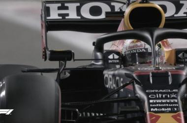 Max Verstappen durante la Q3 del GP de Bahréin. (Fuente: Twitter @F1)