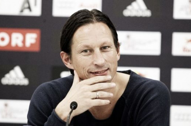 Roger Schmidt assume comando do Bayer Leverkusen na próxima temporada