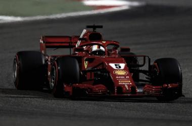 Foi a 200ª corrida de Vettel, e não poderia ter terminado melhor (Foto: