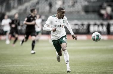 Borussia Monchengladbach 1 a 2 Stuttgart (Bundesliga / Divulgação)
