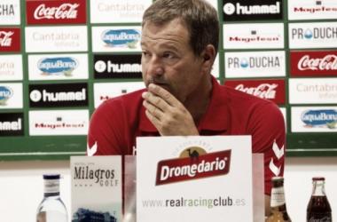 """Ángel Viadero: """"Hablar de final en la jornada 11 es demasiado"""""""