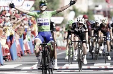 Matteo Trentin volvió a imponer su velocidad en Tomares | Foto: La Vuelta