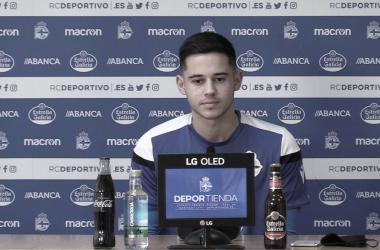 """Manu Mosquera: """"Voy a seguir trabajando para mantenerme en el primer equipo, que es mi sueño"""""""