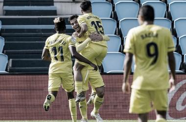 Villarreal marca no fim, vence fora de casa e complica Celta de Vigo