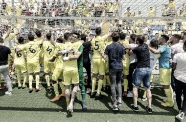 Los jugadores del filial celebran el pase a la final. Foto: villarrealcf.es