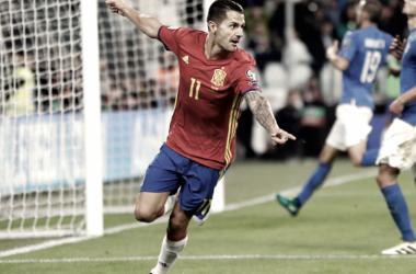 Vitolo en un partido con la selección española. / Fuente: Sefutbol