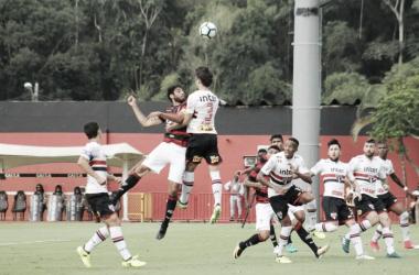 São Paulo bate o Vitória em Salvador e fica mais próximo de sair do Z4
