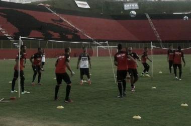 Atletas rubro-negros encerraram preparação para estreia na Copa do Brasil (Foto: Divulgação/Vitória)