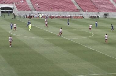 Em dia de visitante na Arena, Náutico fica apenas no empate com Vitória
