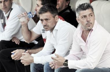 Vivas no estuvo del todo conforme con el rendimiento | Foto: Estudiantes de La Plata Sitio Oficial