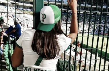 Vivian Messias acompanha seu Palmeiras no Allianz Parque (Foto: Arquivo Pessoal)